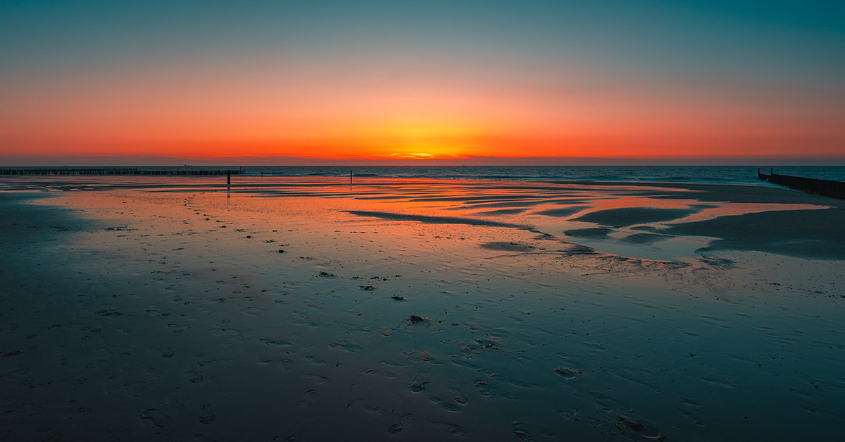 Sun setting on 2021